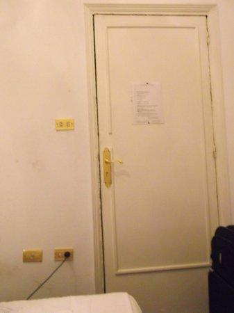 Hotel Grand Royal : chambre
