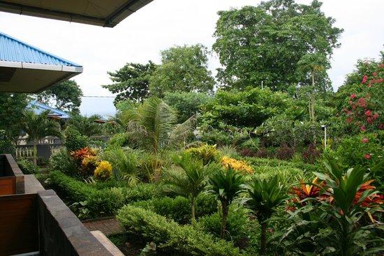 Bunaken Beach Resort: Вторая территория