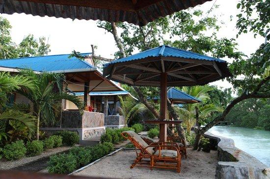 Bunaken Beach Resort: Бунгало у пляжа