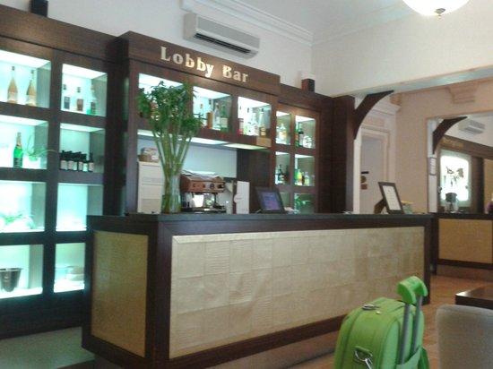 Hotel Praga 1: il bar