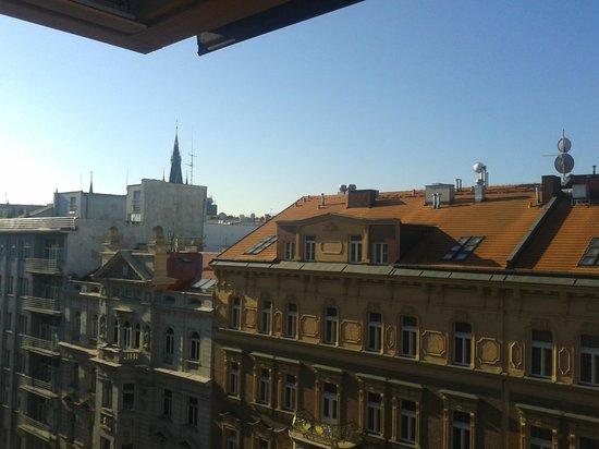 Hotel Praga 1 : vista dalla finestra