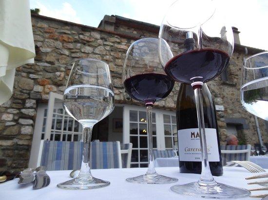 Le Relais Des Chartreuses : a travers les verres de Mas Amiel