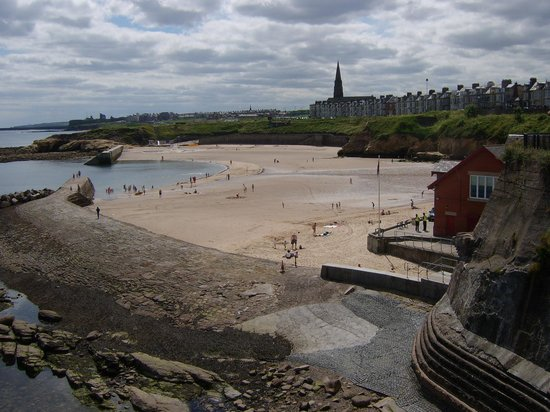 ‪Cullercoats Beach‬