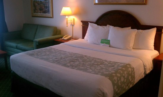 La Quinta Inn & Suites Melbourne Viera: clean beds
