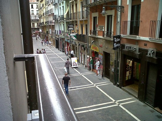 Gran Hotel La Perla: View from my room, overloooking calle Estafeta