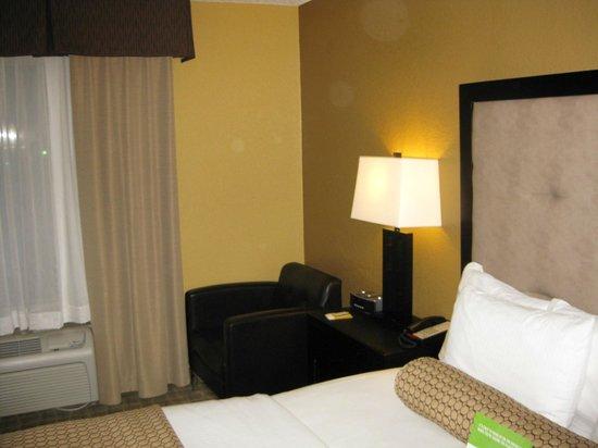 La Quinta Inn & Suites Hot Springs: Room