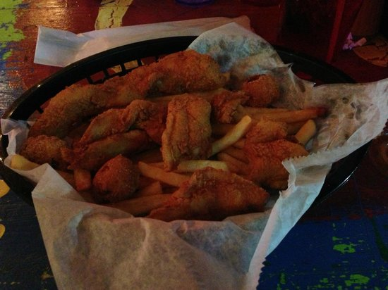 Shaggy's: Fish and chips basket