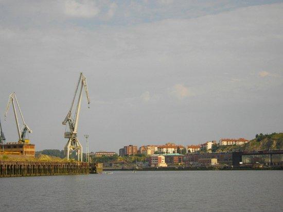 Bilboats: Hafengelände