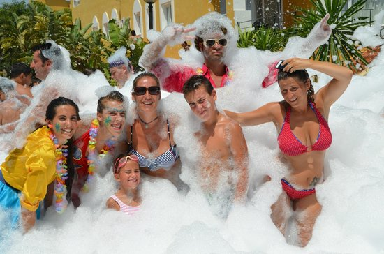 Zimbali Playa Spa Hotel: fiesta de la espuma