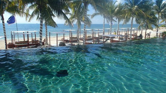 Villa Del Palmar Cancun Beach Resort Spa Infinity Pool