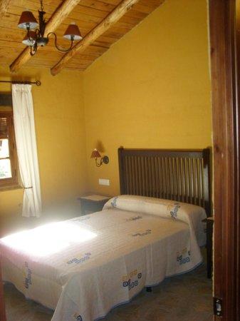 Hotel Enrique Calvillo: La habitación con cama de matrimonio