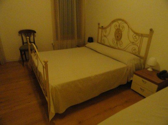 Hotel Antigo Trovatore: Habitación