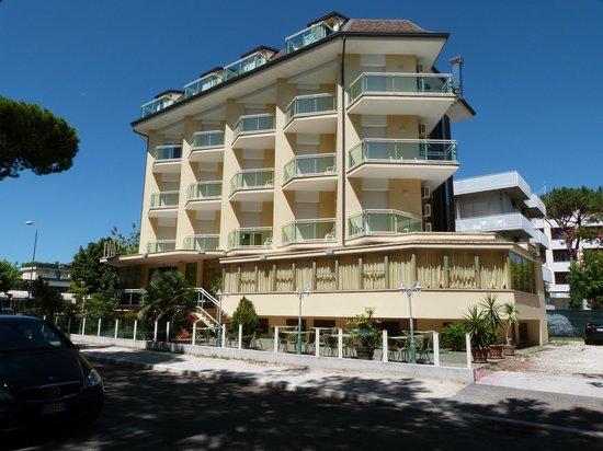 Hotel Bamar: Facciata Hotel