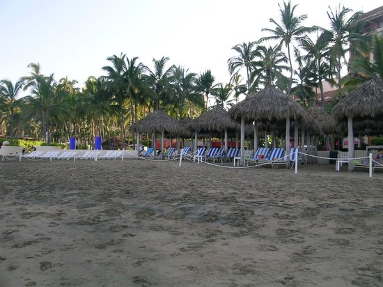 Club Regina Puerto Vallarta: Beach in front of the resort