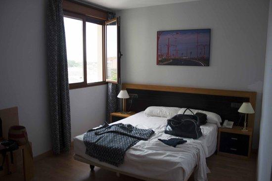 Hotel Ribera de Duero: Habitación cama