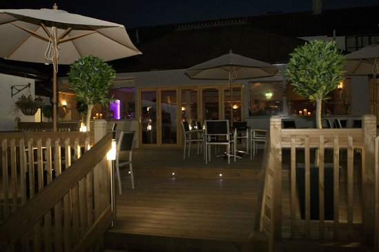 The Gamekeeper Bar and Restaurant: Patio