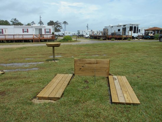 Gwynn's Island RV Resort and Campground: Newly renovated amenities including horseshoes
