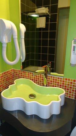 Ibis Styles : salle de bain