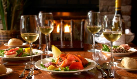 Wolfgang's Restaurant & Wine Bistro : Let us pair your entree with wine.