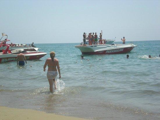 Lara Hotel Antalya: the beach
