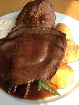 The Garden Room Restaurant: Roast Beef - Sunday Lunch