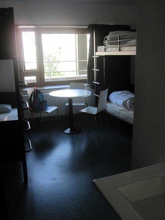 Yves Robert Hostel: 4 beds