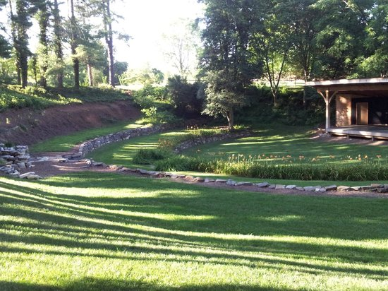 Nesselrod Bed and Breakfast: Nesselrod on New Sunken Garden