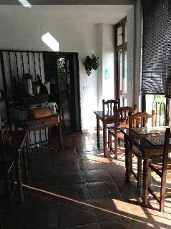 La Mejorana: indoor breakfast room