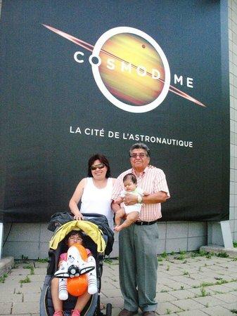 Cosmodome: Entrada al museo.