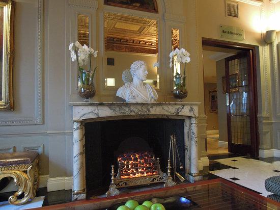 Radisson Blu Edwardian Vanderbilt: La hall dell'hotel