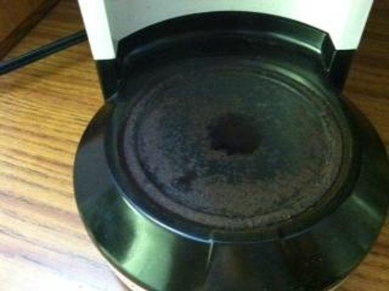 John Yancey Oceanfront Inn : coffee pot