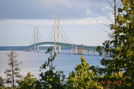 Voyager Inn of Saint Ignace : View from State Park