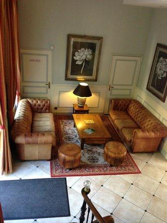Int rieur bild fr n domaine et golf vaugouard fontenay for Meubles 9 fontenay sur loing