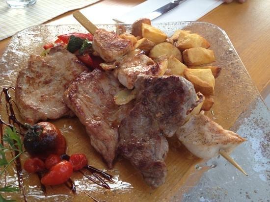 Gostilna Pri Kmetec : Mixed Grill