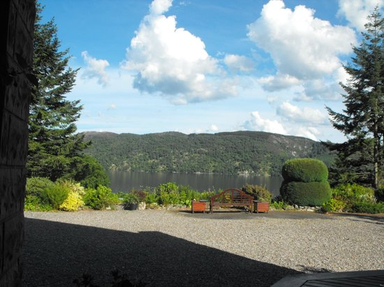 Tigh Na Bruach: View of Loch Ness from our veranda.
