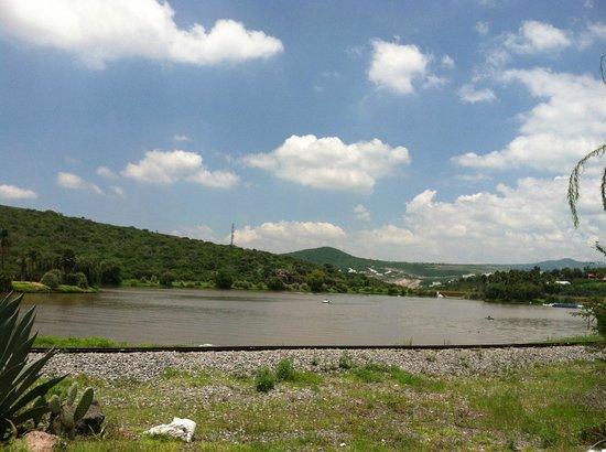 Parque Bicentenario: Lago dentro del parque
