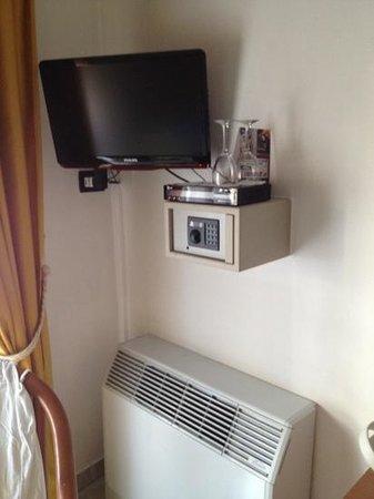 Al Saraceno Hotel: angolo tv
