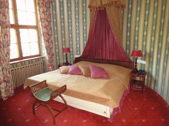 Castle Podewils Hotel: a part of the bedroom