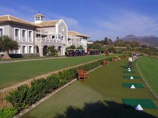 Duquesa Village: Finca Cortesing Golf 5 minutes away