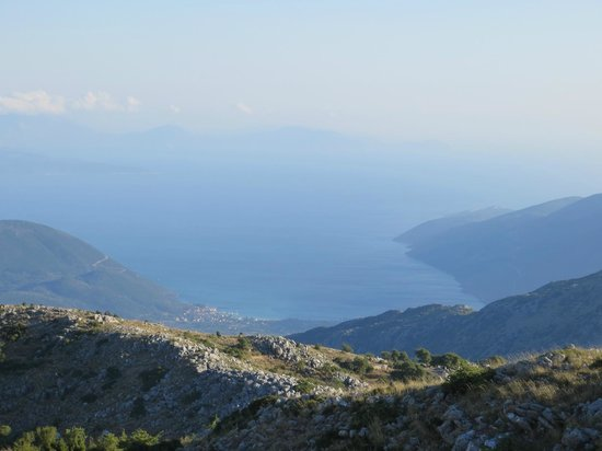 Maistrali: Vassiliki Bay - seen from the mountains