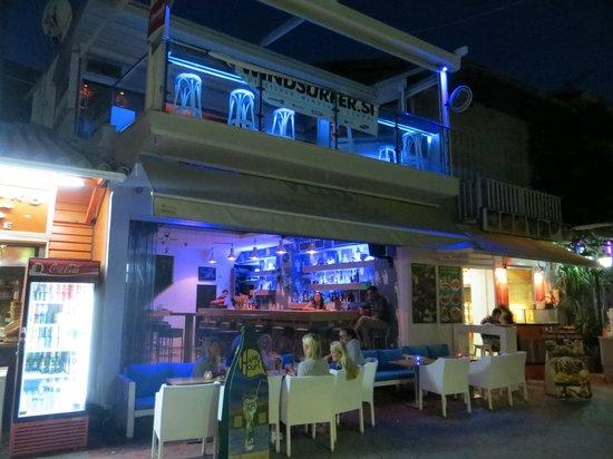 Maistrali: Port Vassiliki - bars