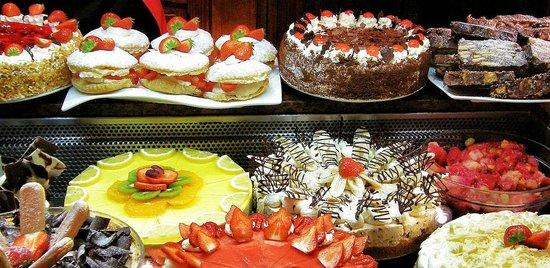 The Wilton Pub & Restaurant: Dessert selection at The Wilton Pub, Cork.