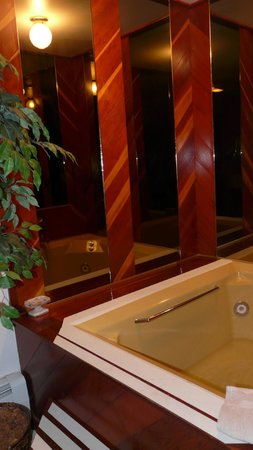 Alaska House of Jade Bed and Breakfast : Bathroom