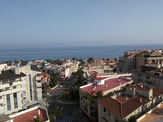 Hotel Bahia de Almunecar: Vista desde la psicina