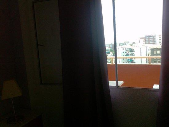 Europark 74 Aparthotel: ventana