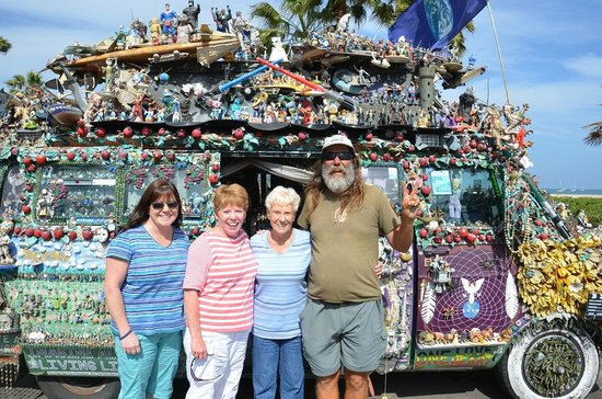 "Hampton Inn & Suites Camarillo: Drive up to Santa Barbara and see the ""hippie"" van near Stearns Wharf...only abt 40 minutes away"