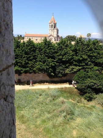 Ile Saint-Honorat: View of the Abbey from the top of the old monastery