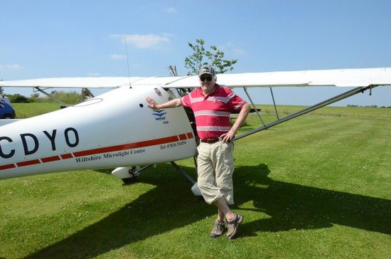 Calne, UK: One of the microlight planes