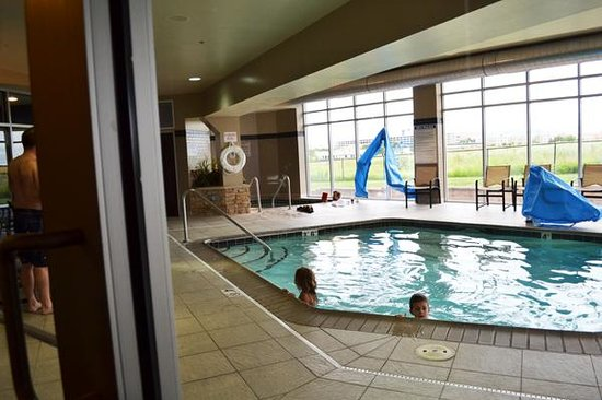 SpringHill Suites Minneapolis-St. Paul Airport/Mall of America : more pool
