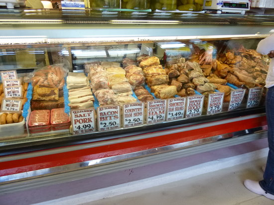 Findlay Market : Smoked meat counter